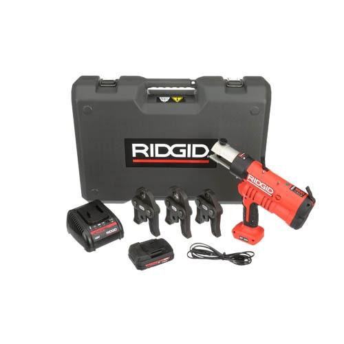 Immagine di Ridgid RP 340-B Pressatrice a batteria completo di ganasce V 15-22-28 mm caricabatteria da 230V, batteria A Li-Ion 18V 2.0 e cassetta di trasporto  43248