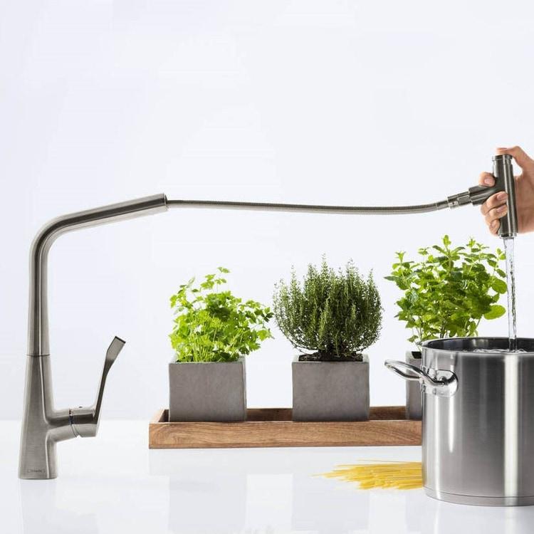 Hansgrohe METRIS SELECT miscelatore cucina monocomando 320 con bocca d'erogazione estraibile finitura cromo 14884000