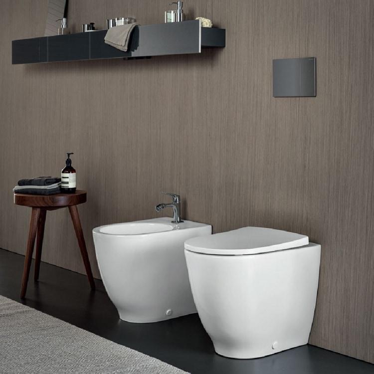 Pozzi Ginori ACANTO RIMFREE® vaso con scarico multi (S/P) completo di sedile antibatterico con chiusura ammortizzata e sgancio rapido finitura bianco 500.651.01.1