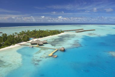 Maldives vacation at the Medhufushi Island Resort