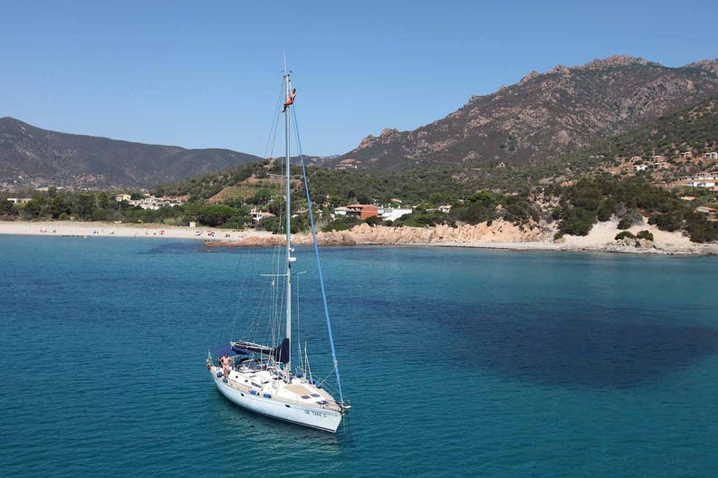 Ronik sailboat