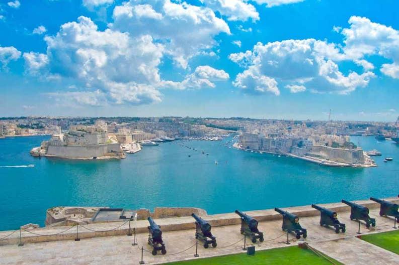 114181492-skyline-of-the-maltese-capital-city-valletta