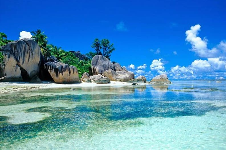 View of the crystal-clear sea of Seychelles